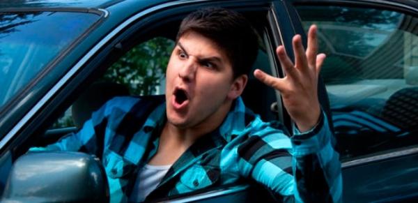 conductor-enfadado